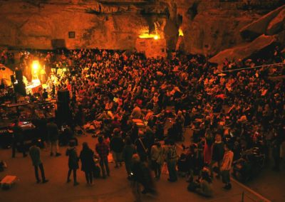 Rhythm Hunters Jenolan Caves audience